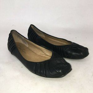 Jessica Simpson Leather Flat Ballet Shoes  8B 38